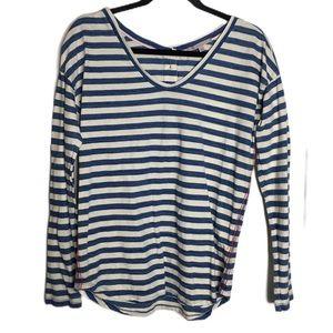 Gap blue white striped long sleeve top